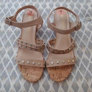 Nwot Restricted nude sandles